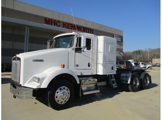 2013 Kenworth T800  Tractor