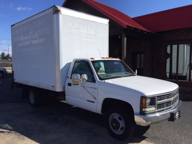 1997 Chevrolet Cheyenne Box Truck - Straight Truck