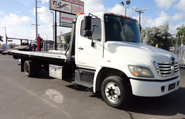 2008 Hino 258lp  Car Carrier