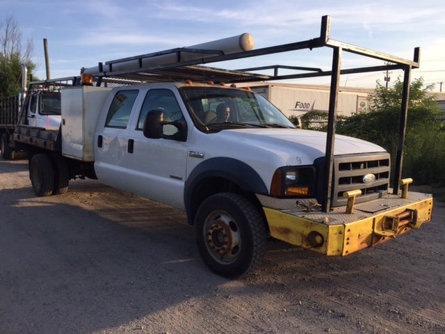 2006 Ford F-550 Crewcab Flatbed Toolbox Front Mounted Winch  Cab Chassis