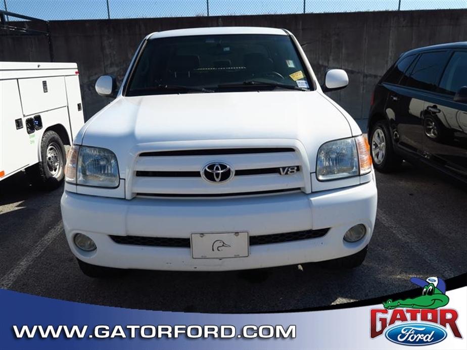 2004 Toyota Tundra  Pickup Truck