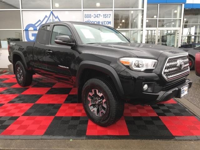 2016 Toyota Tacoma  Pickup Truck