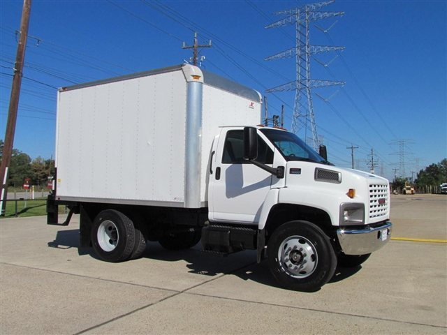 2007 Gmc C6500  Box Truck - Straight Truck