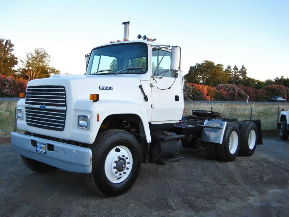 1993 Ford Lt9000  Conventional - Day Cab