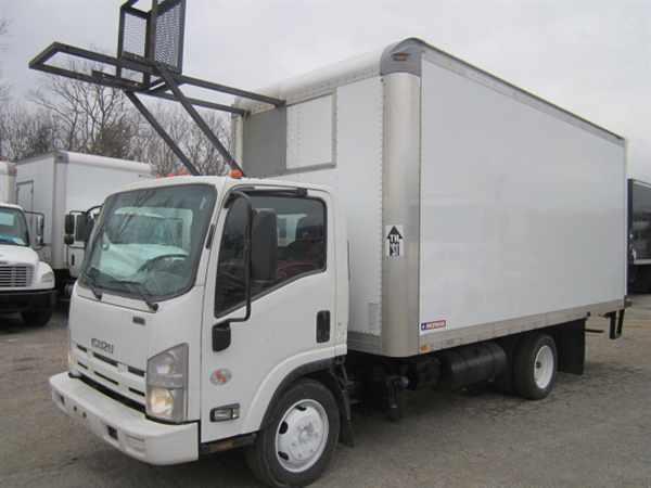 2013 Isuzu Nqr  Box Truck - Straight Truck