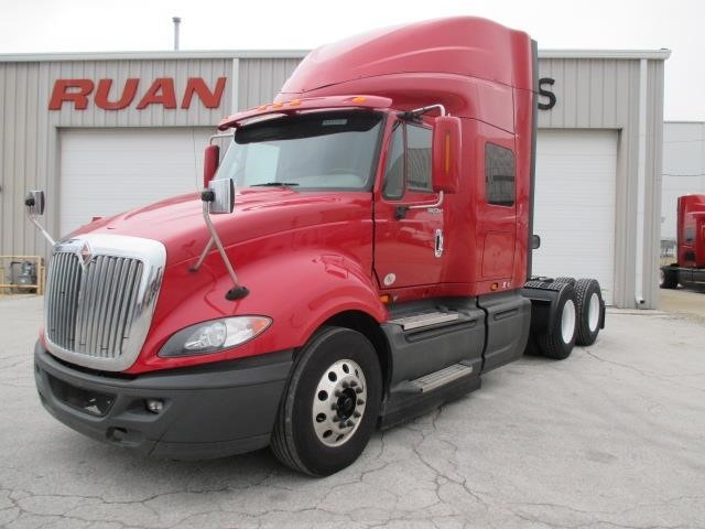 2014 International Prostar  Conventional - Sleeper Truck
