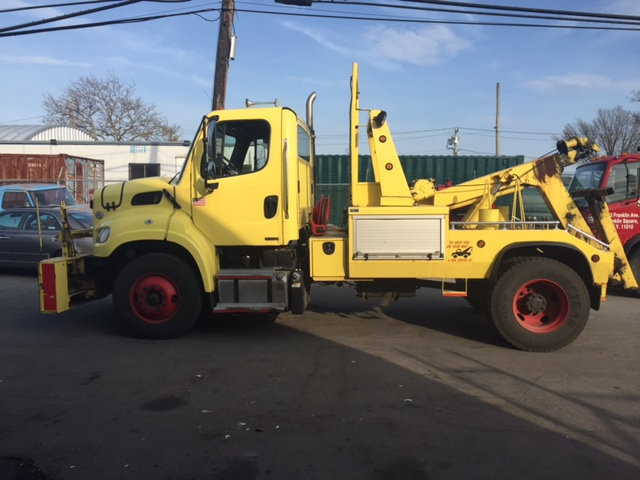 2011 Freightliner Business Class M2 Medium Duty Wrecker Tow Truck  Wrecker Tow Truck