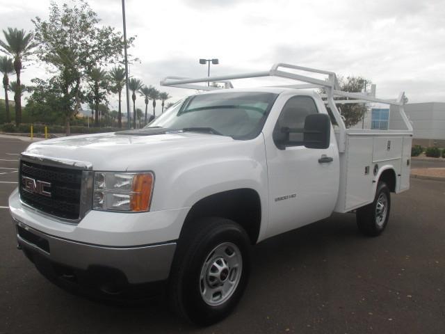 2011 Chevrolet C2500 Contractor Truck