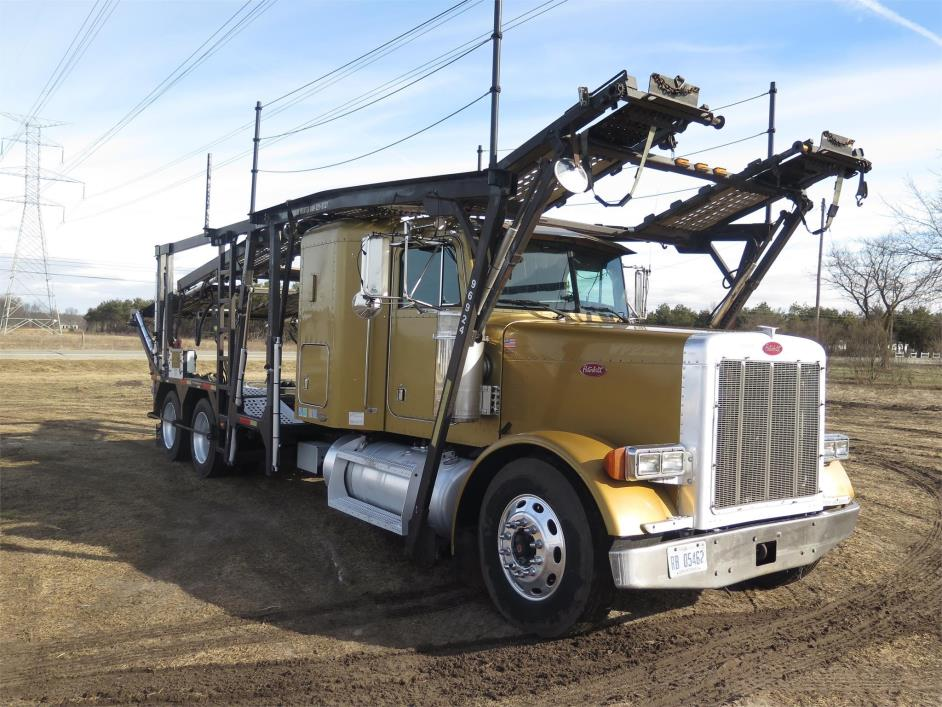 2003 Peterbilt 379  Car Carrier