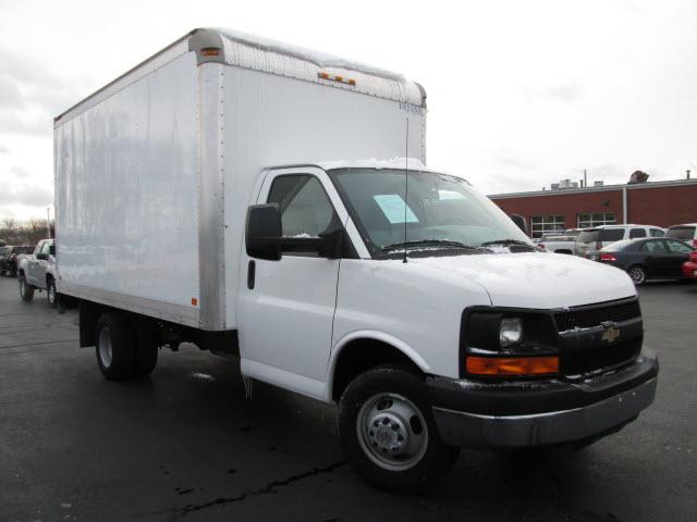 2014 Chevrolet Express 3500  Box Truck - Straight Truck