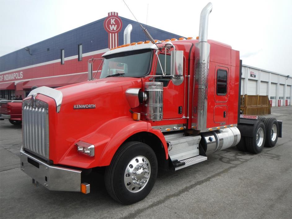 2012 Kenworth T800 Conventional - Sleeper Truck