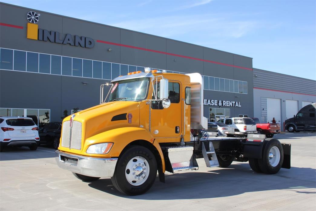 2011 Kenworth T370 Conventional - Day Cab