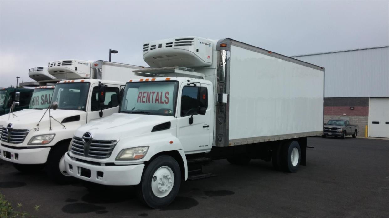 2006 Hino 268a  Box Truck - Straight Truck