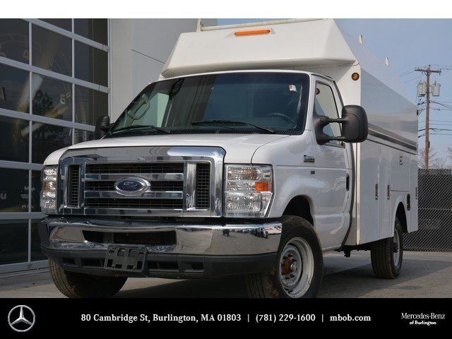 2013 Ford E-350sd  Cab Chassis