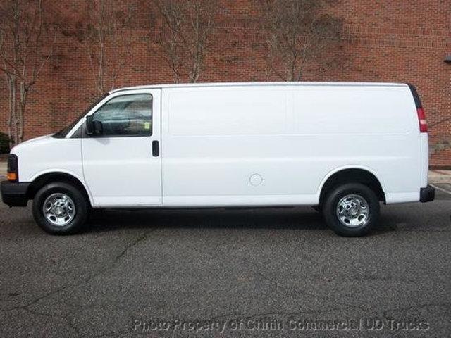 2008 Chevrolet Extended One Ton Cargo Van Just 23k Miles Cargo Van