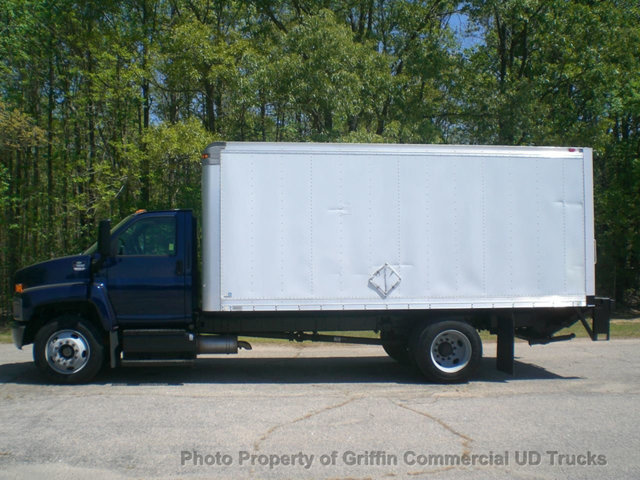 2006 Chevrolet C7500 Box Non Cdl Just 36k Mi One Owner Flatbed Truck