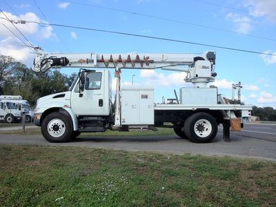 2008 International 4300  Digger Derrick