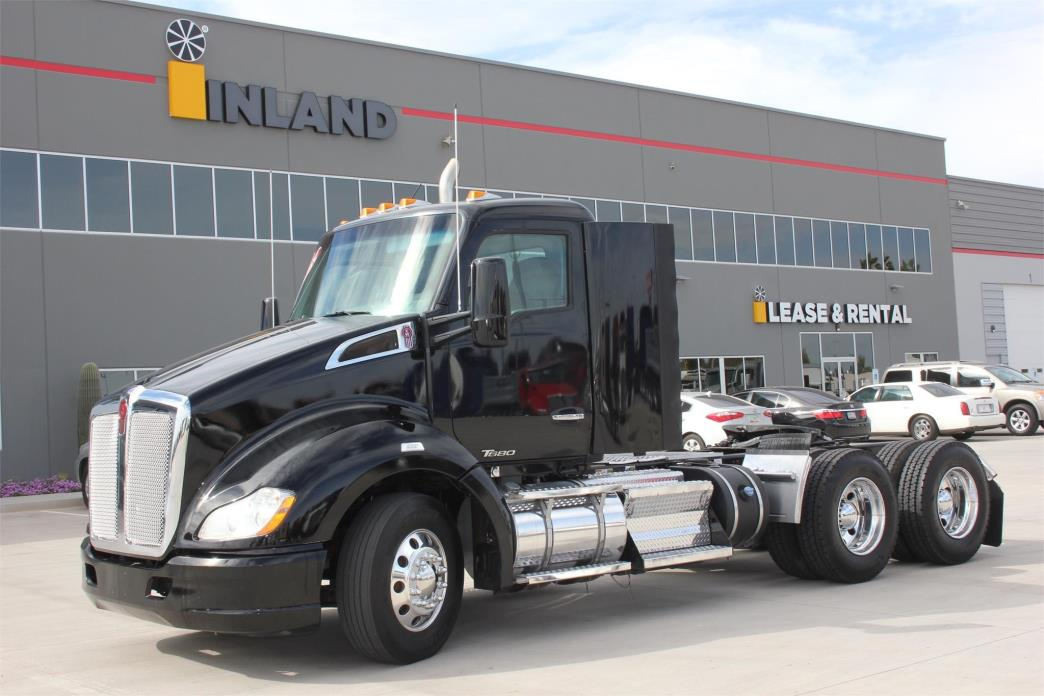 2014 Kenworth T680 Conventional - Day Cab