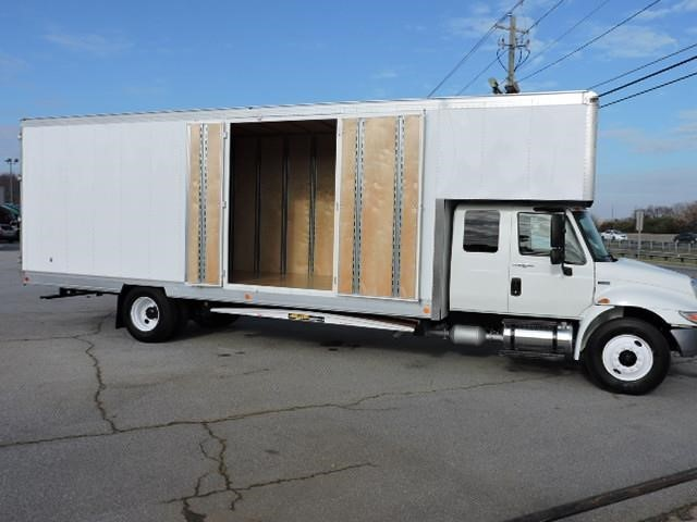 2012 International Durastar 4300  Moving Van