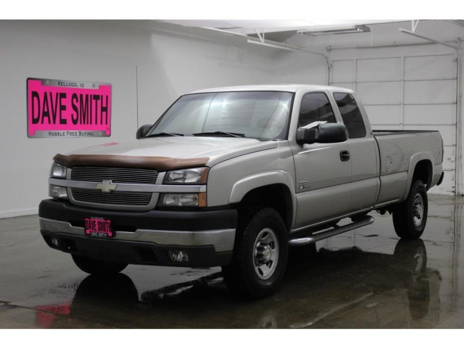 2004 Chevrolet Silverado 3500 Pickup Truck