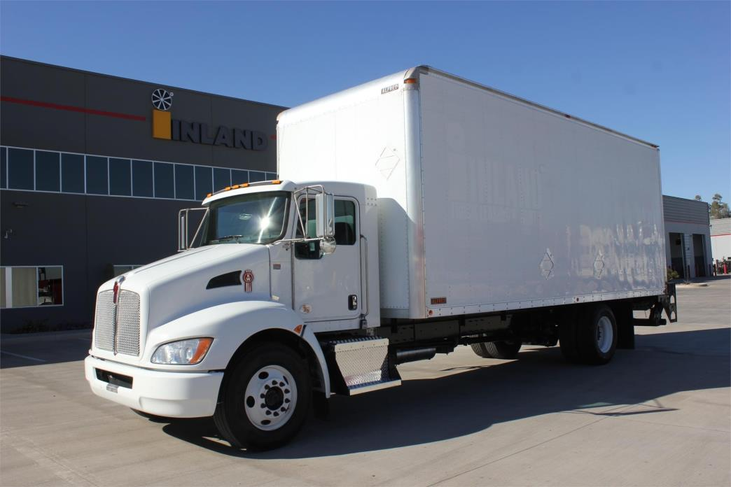 2012 Kenworth T270  Moving Van