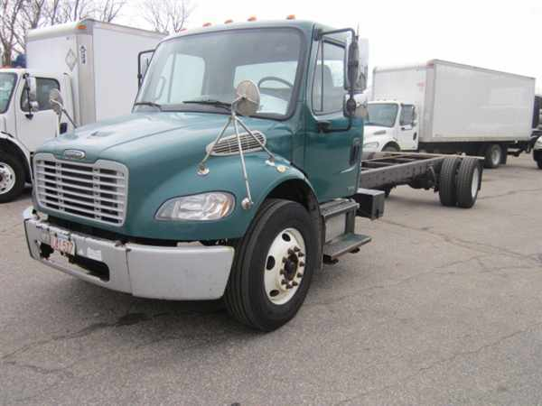2007 Freightliner M2 106 Cab Chassis