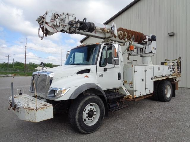 2006 International Workstar 7400  Digger Derrick