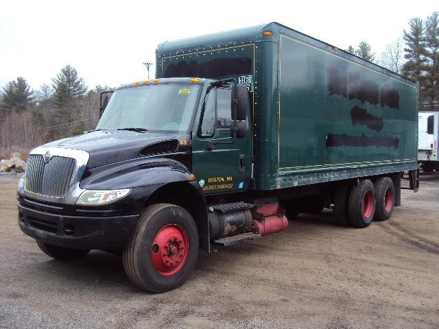 2007 International 4400  Box Truck - Straight Truck