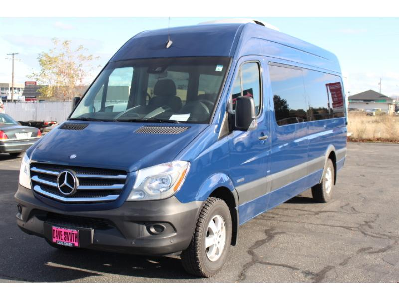 2015 Mercedes-Benz Sprinter 2500 Bus