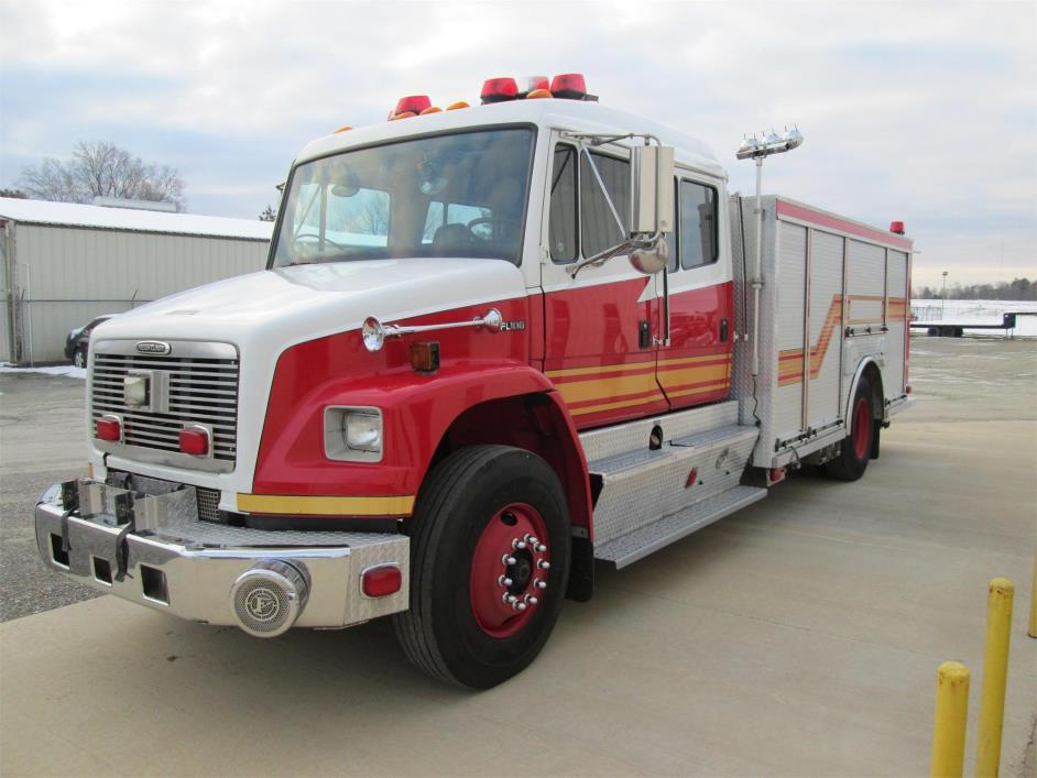 2004 Freightliner Business Class M2 106  Fire Truck