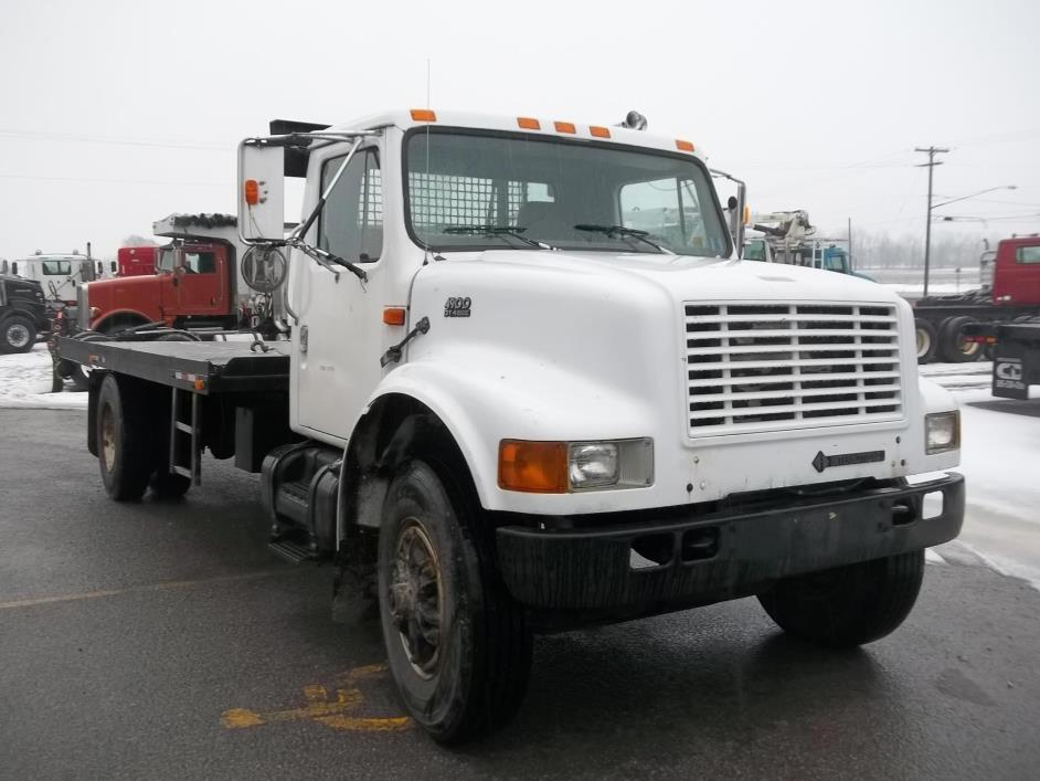 1999 International 4900 Rollback Tow Truck