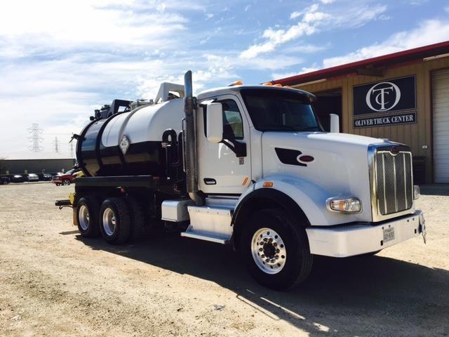 2015 Peterbilt 567  Vacuum Truck