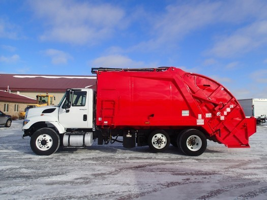2012 International Workstar Mcneilus 20 Yard Garbage Truck