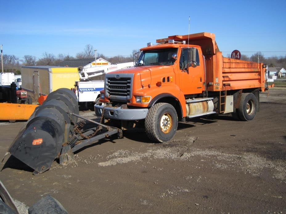 2003 Sterling L9500  Plow Truck - Spreader Truck