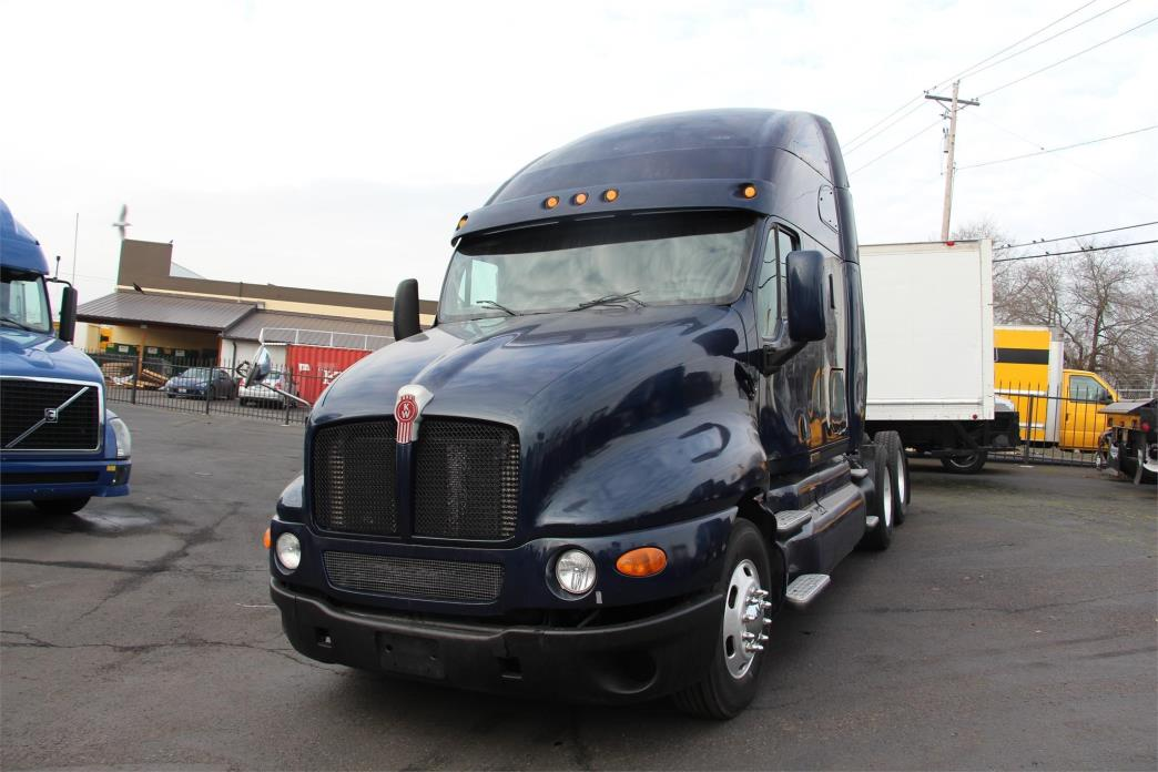 2007 Kenworth T2000  Conventional - Sleeper Truck