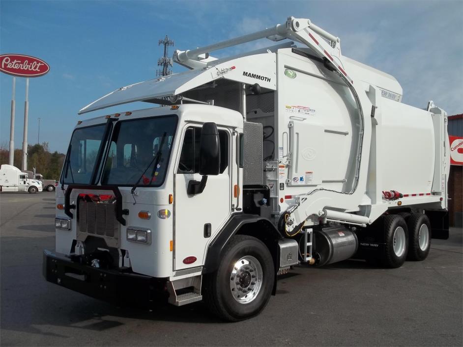 2017 Peterbilt 320 Garbage Truck