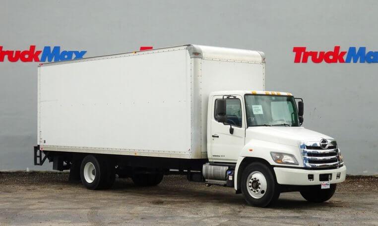 2014 Hino 268  Box Truck - Straight Truck