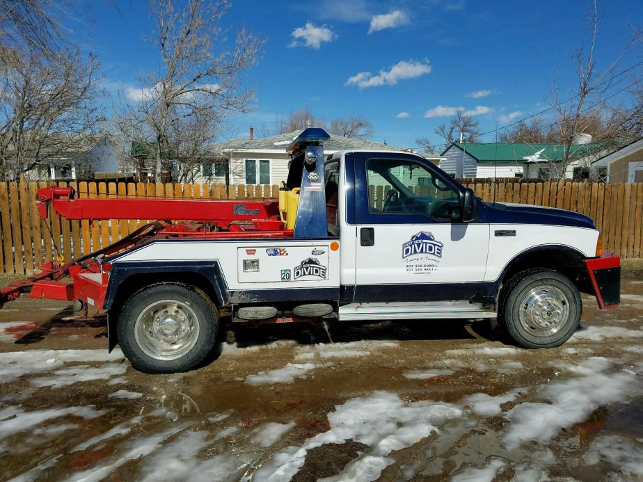 2001 Ford F450  Winch Truck