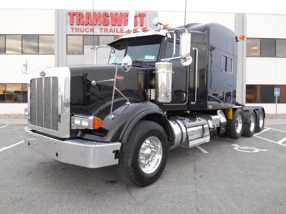 2009 Peterbilt 367  Conventional - Sleeper Truck