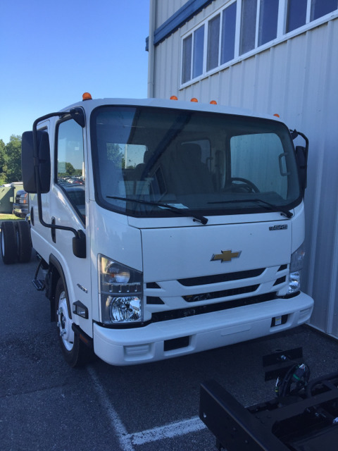 2016 Chevrolet Low Cab Forward 4500  Cab Chassis