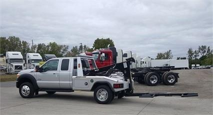 2016 Ford F550 Lariat Conventional - Sleeper Truck, 4
