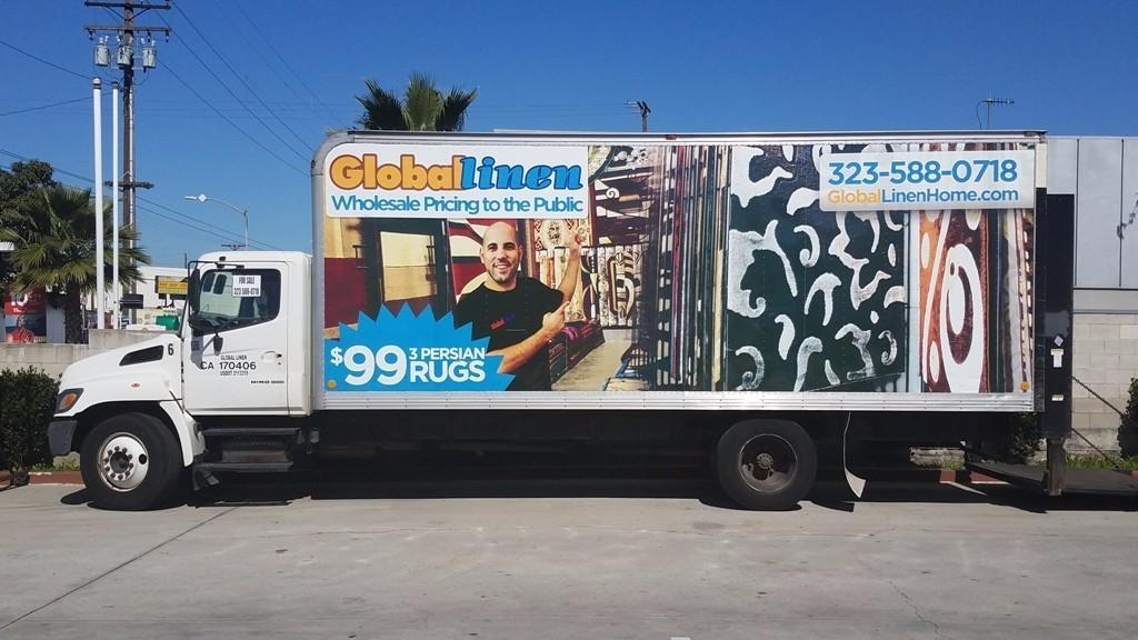 2005 Hino 268  Box Truck - Straight Truck