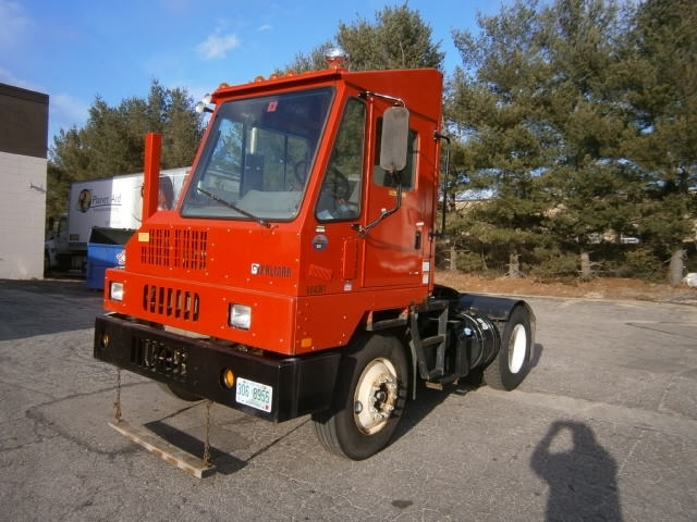 2011 Ottawa Yt30  Yard Spotter Truck