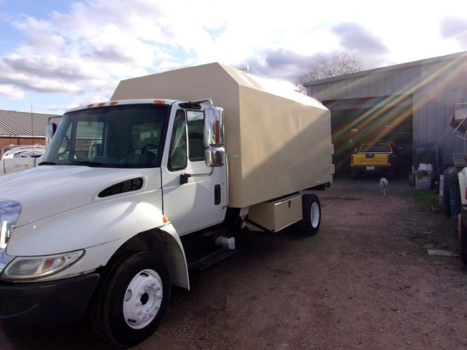2007 International Durastar 4300  Chipper Truck