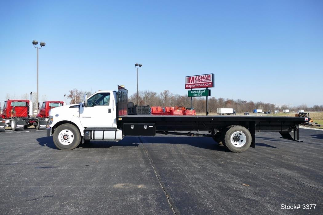 2016 Ford F750  Flatbed Truck
