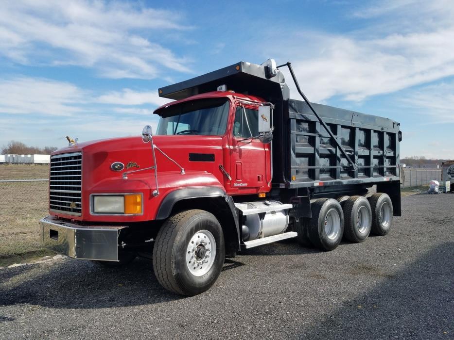 2000 Mack Cl713 Dump Truck, 1