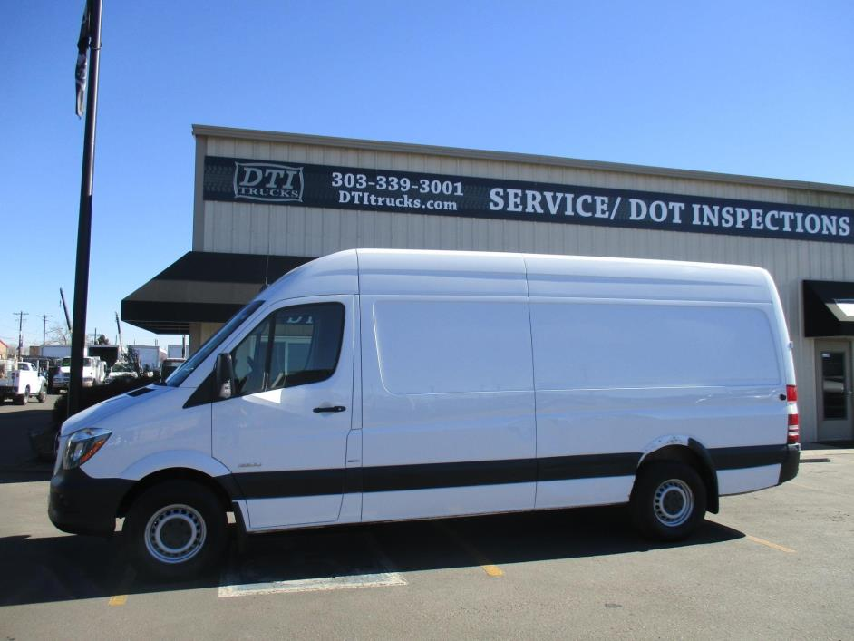 2014 Mercedes-Benz Sprinter 2500 Cargo Van