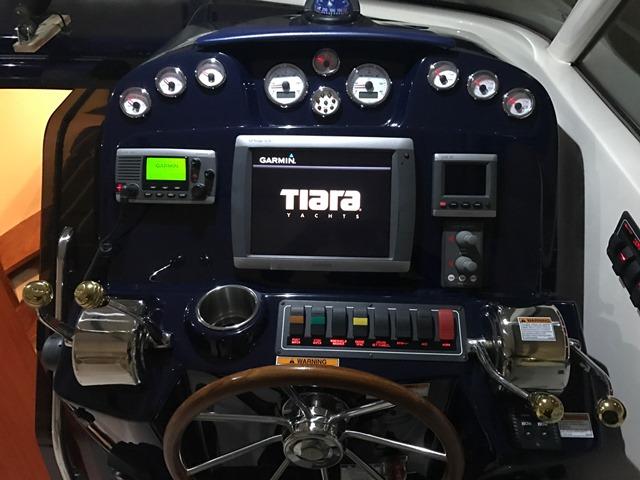 2012 Tiara 3100 Coronet, 2