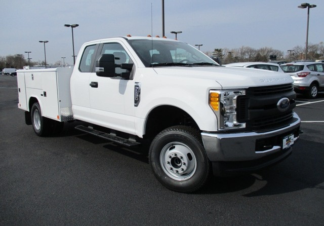 2017 Ford F350  Mechanics Truck
