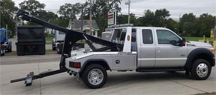 2016 Ford F550 Lariat Conventional - Sleeper Truck, 2
